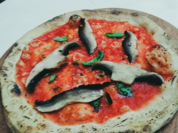 Mushroom Marinara Pizza
